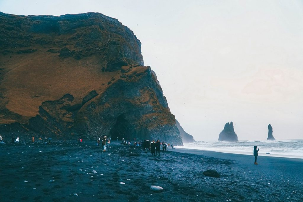 Black sand beach on the south coast of iceland, a must-see during 5 days in Iceland