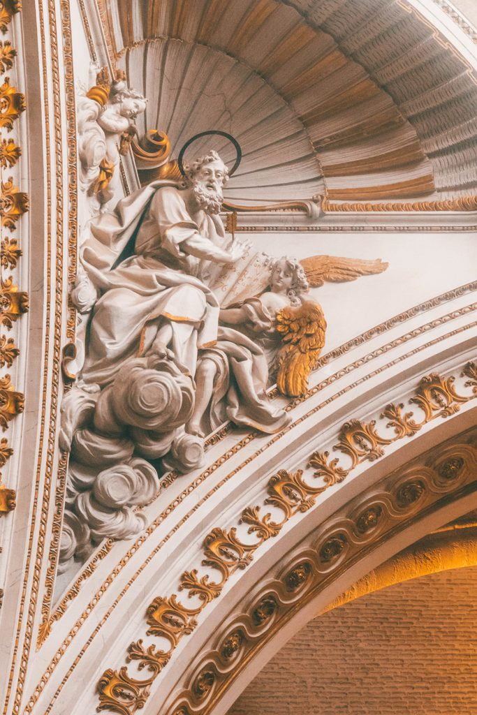 A figure in the corner of the ceiling in the Valencia Cathedral