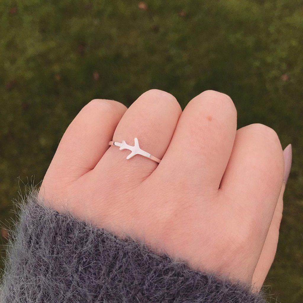 Plane ring - one of the best travel gifts for her!
