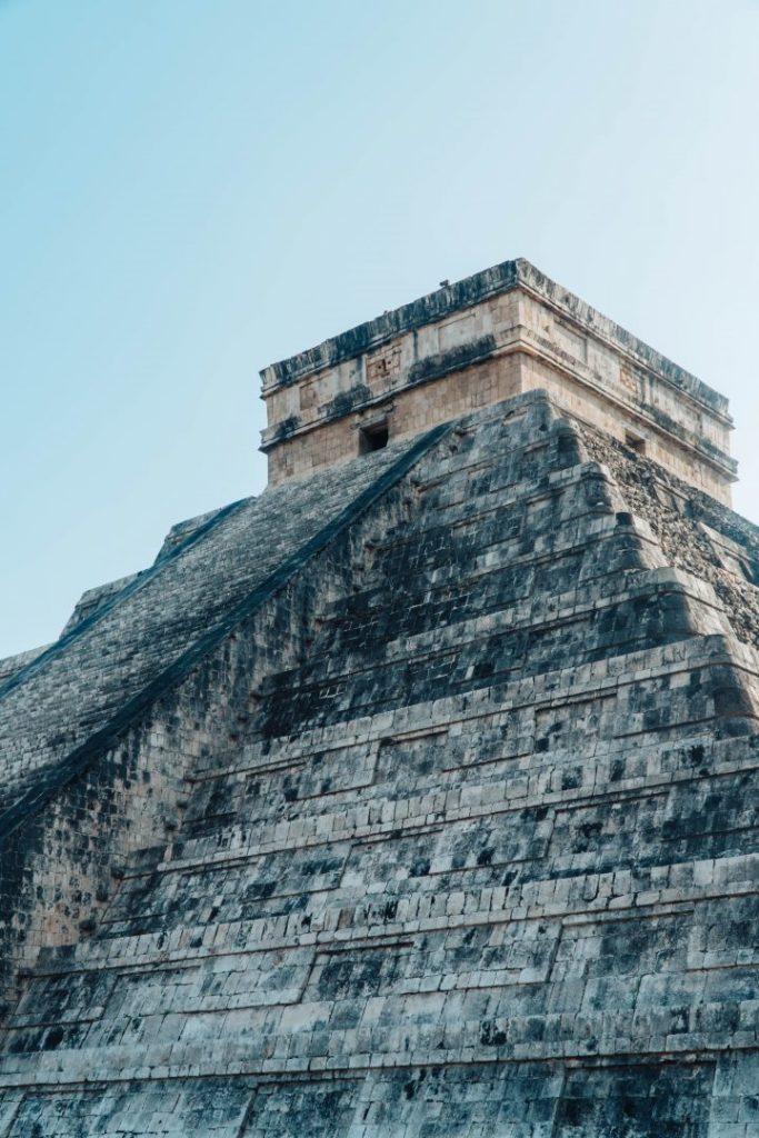 the main pyramid of chichen itza in mexico
