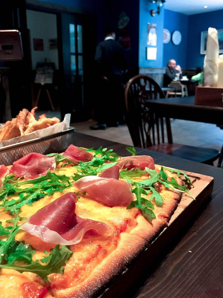 pizza at the cluanie inn
