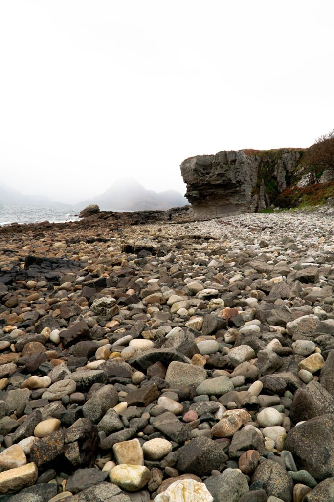 the rocky beach of elgol
