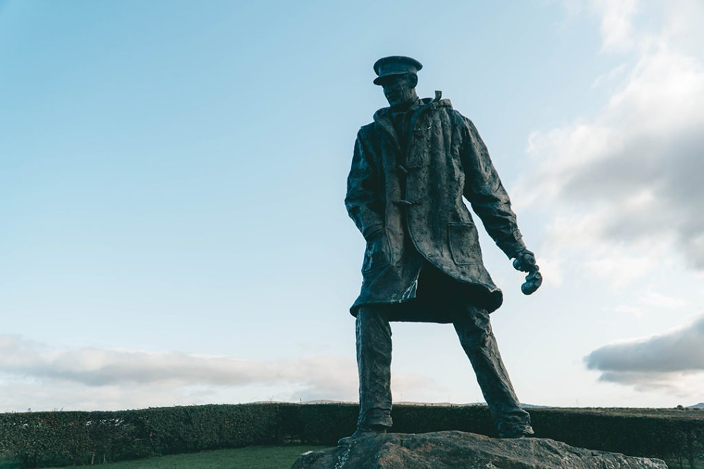 A statue of David Stirling