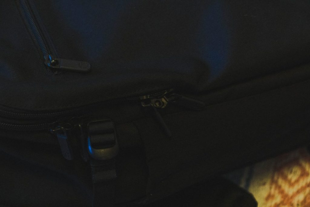 The zippers - tortuga backpack review