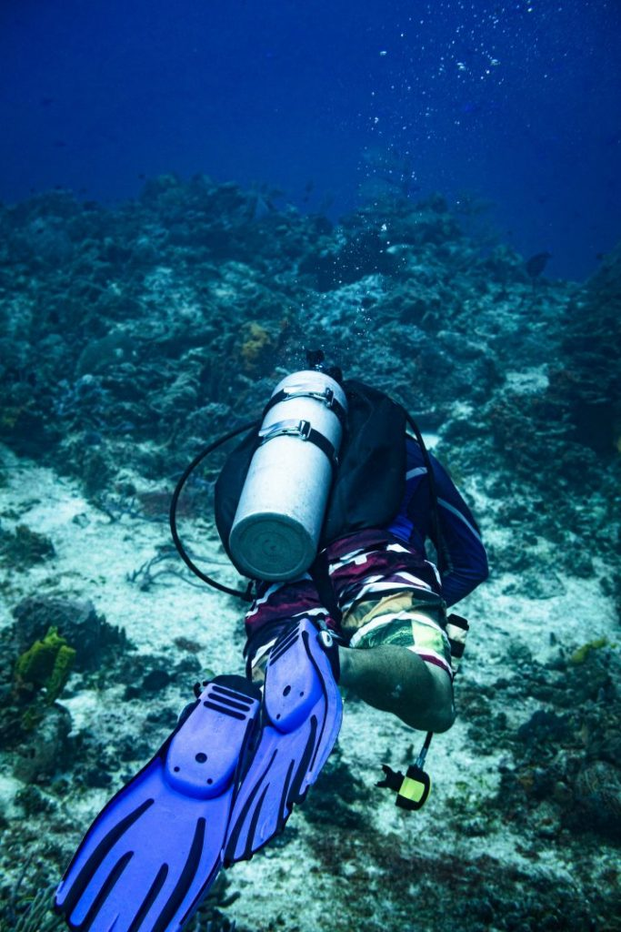 A scuba instructor underwater for the SSI Advanced Open Water course
