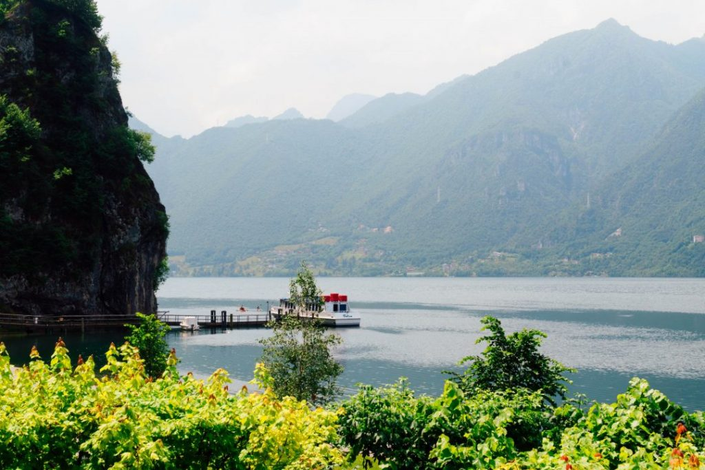 A small boat on Lake Idro in Valle del Chiese