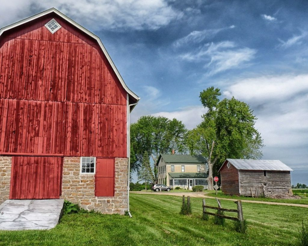 a large red barn in Wisconsin, one of the best spring break destinations in the us