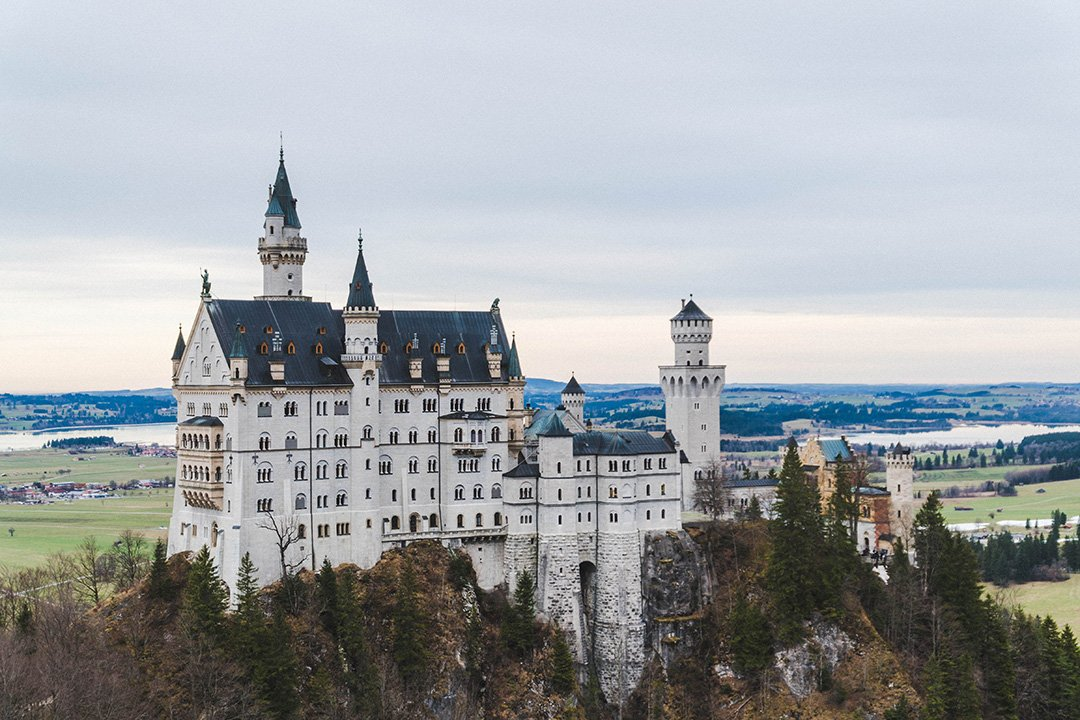 visiting neuschwanstein castle